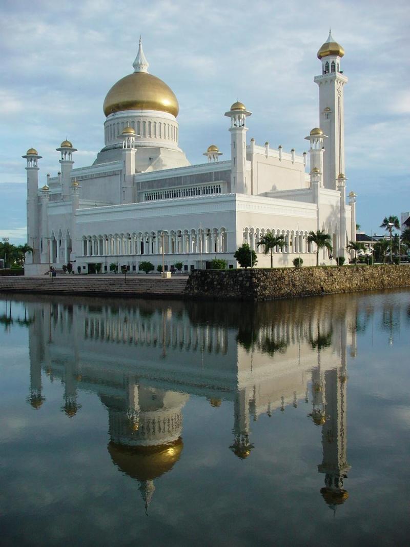 مسجد مصنوع بالذهب ادخل لترى و لن تصدق حيث الحقيقة تفوق الخيال 313.jpg